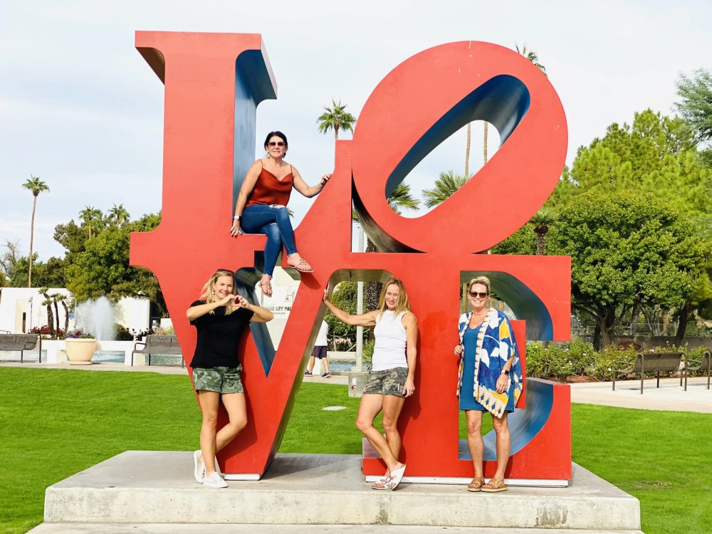 Love sculpture:  Best things to do in Old Town Scottsdale from Top U.S. travel blog, Travel With A Plan #scottsdale #arizona #oldtown