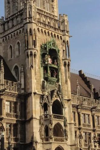 Glockenspiel in Marienplatz, München
