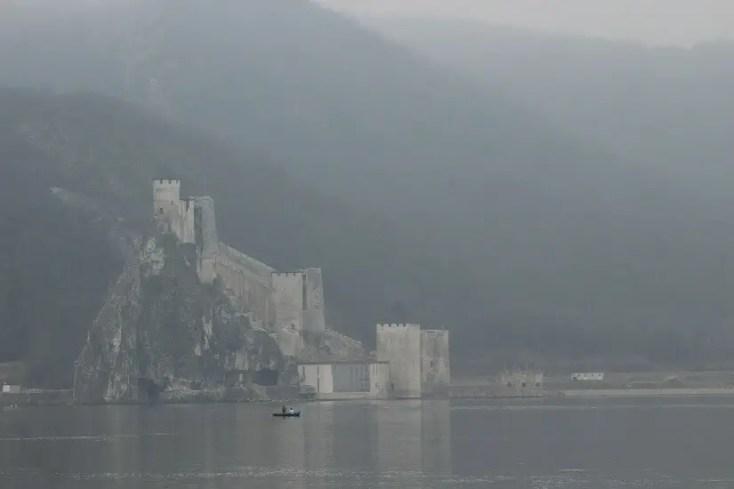 Cetatea Golubac din Defileul Dunarii