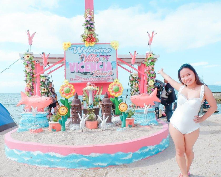 Villa Vicencia Beach Resort