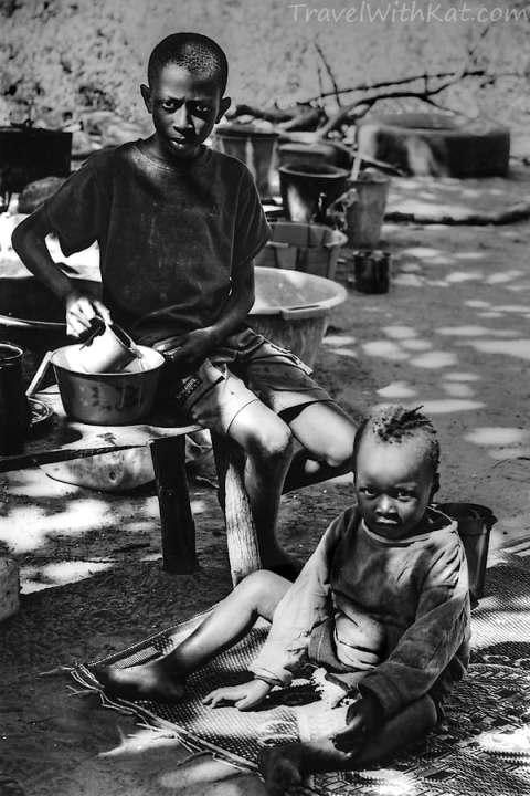Makasutu children_tonemapped