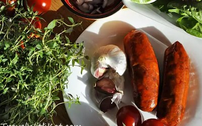 Red Wine Braised Chorizo, a tasty tapas that's a breeze to cook!