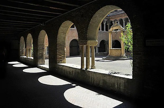 Finding tranquility at Santo Stefano, the Seven Churches of Bologna