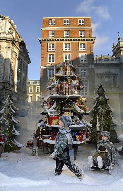 Fortnum and Mason's Christmas window