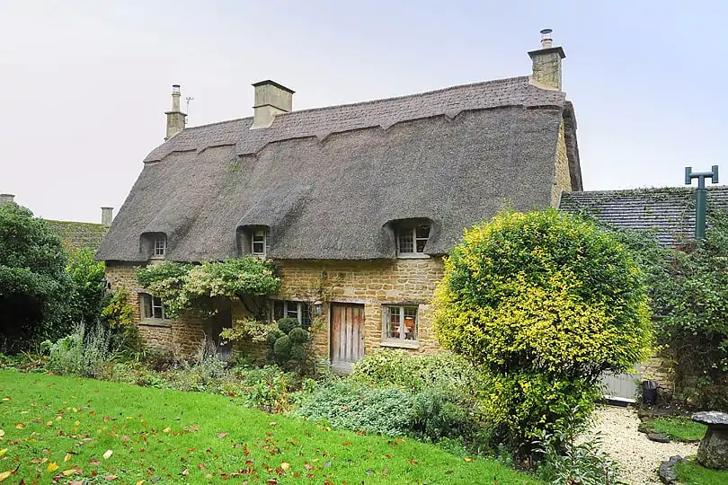 The Secret Cottage Tour Of Cotswolds