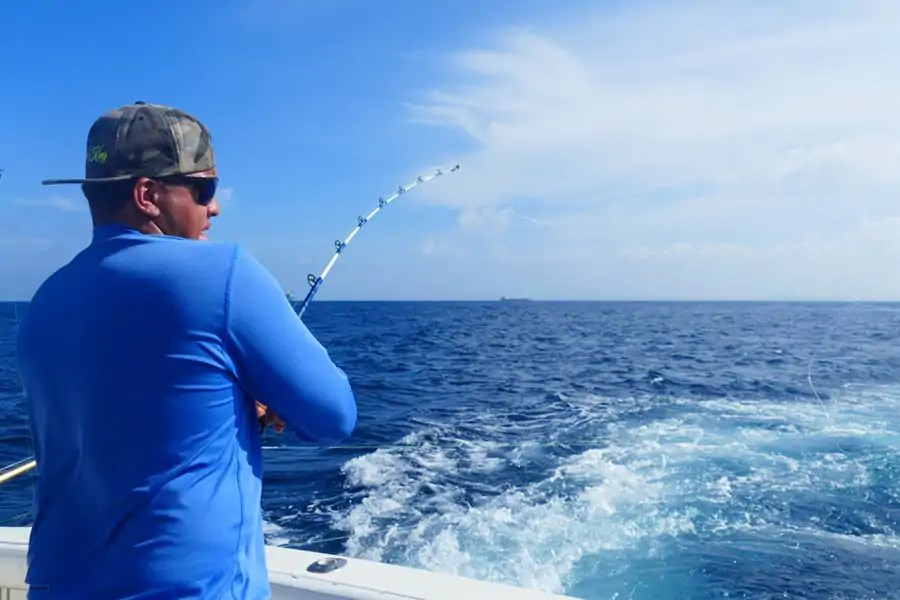 Deep sea fishing for tuna, mahi mahi and barracuda in Aruba
