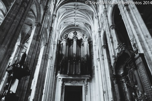 This is the largest pipe organ in France.
