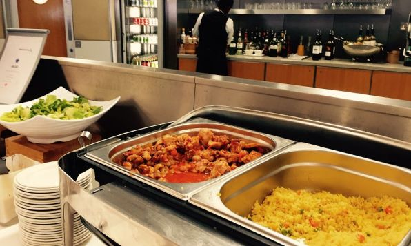American Airlines Admirals Club London Heathrow T3 Buffet
