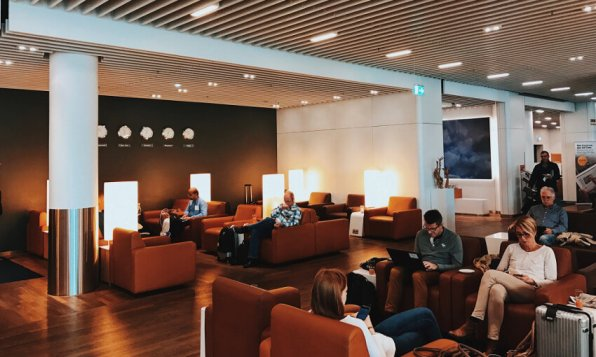 Review Lufthansa Senator Lounge Frankfurt Z Lounebereich