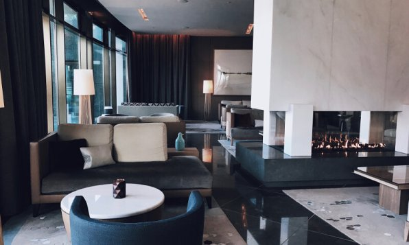 Review The Ritz-Carlton Wolfsburg Club Suite Lobby