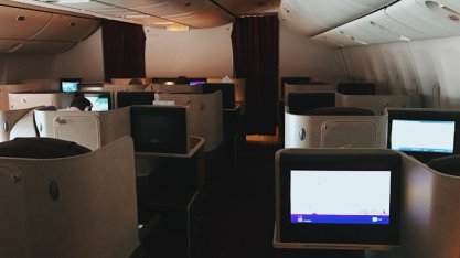 Review Thai Business Class 777 Phuket- Frankfurt Kabine abgedunkelt