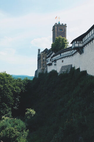 Review - Romantik Hotel Wartburg - Aussenmauer