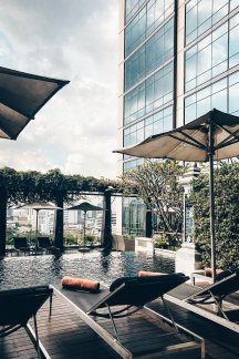 Hotel Review Bangkok Swimmingpool