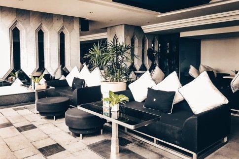 Hotel Review Bangkok Swimmingpool