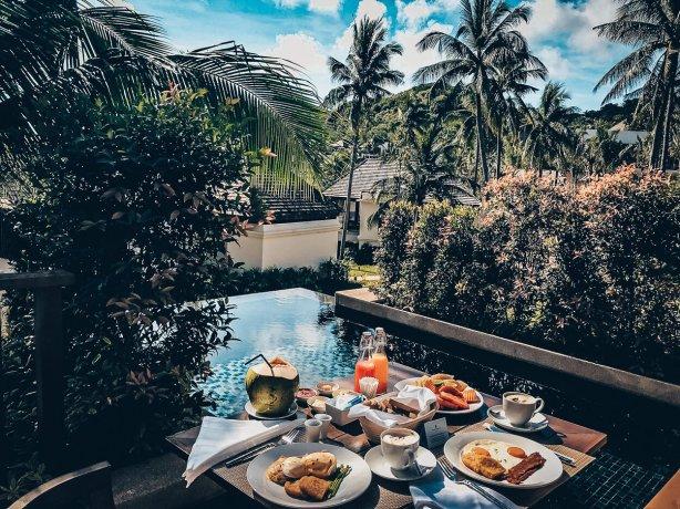 Review The Ritz-Carlton Koh Samui Breakfast