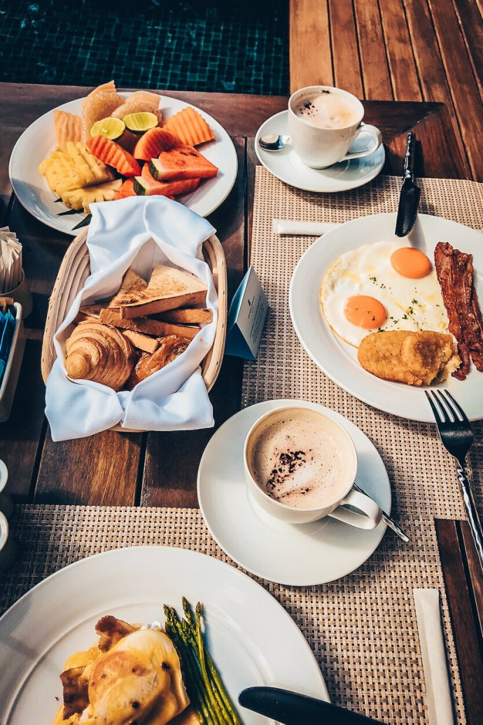Review The Ritz-Carlton Koh Samui Breakfast