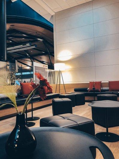 Neue Swiss Business und Senator Lounges Zürich A