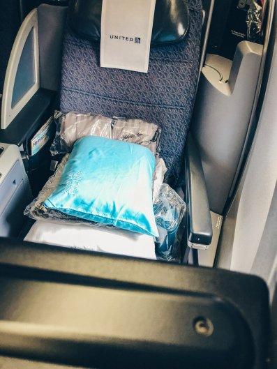 review-united-polaris-business-class-767-berlin-80