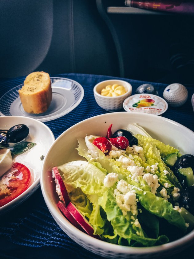 Review United Polaris Business Class Boeing 767 Salat Vorspeise