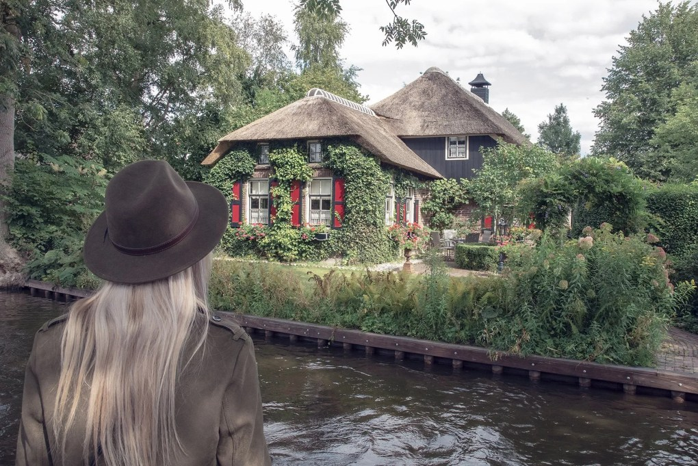 Touristic hot spots worth visiting in the Netherlands:Part 1: Giethoorn