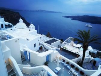 Pantelia Suites in Santorini