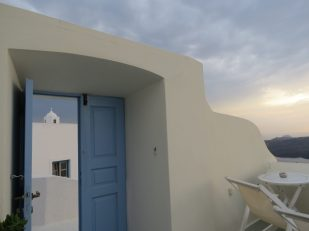 blue doors tradition houses of Greek islands