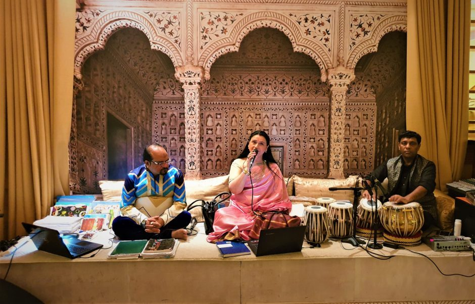 Best Indian food with live music at Purani Dilli