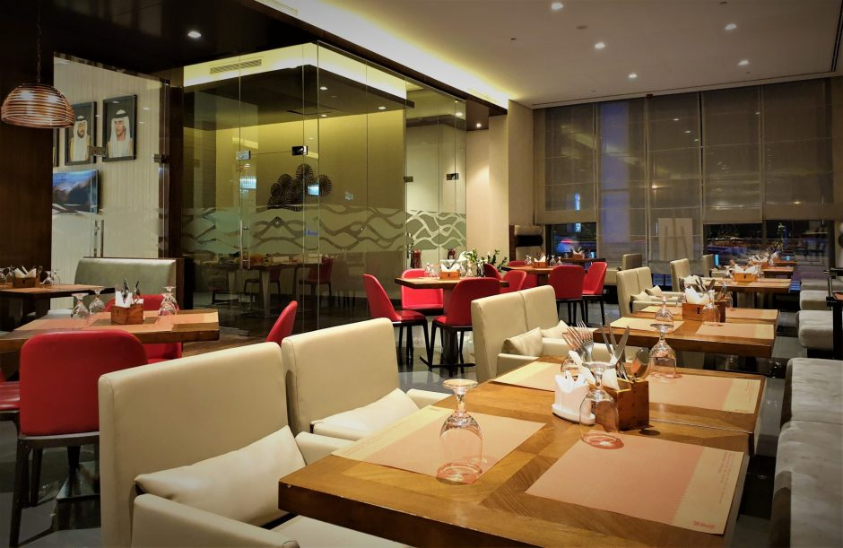 Ambiance of Indian restaurants in Dubai