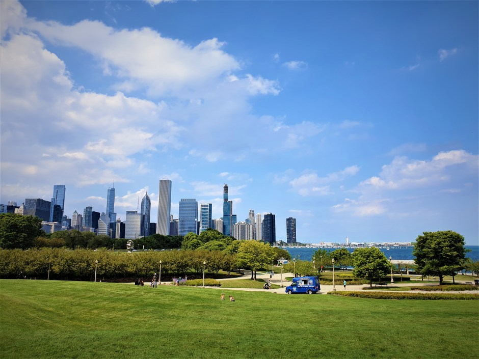 Chicago skyline view from Grant Park