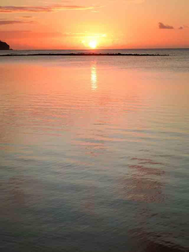 TravelwithMeraki-sunset-lelagoto- Savaii-Samoa-South-Pacific