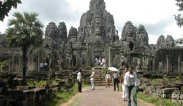 מתחם מקדשי אנגקור ואט בקמבודיה