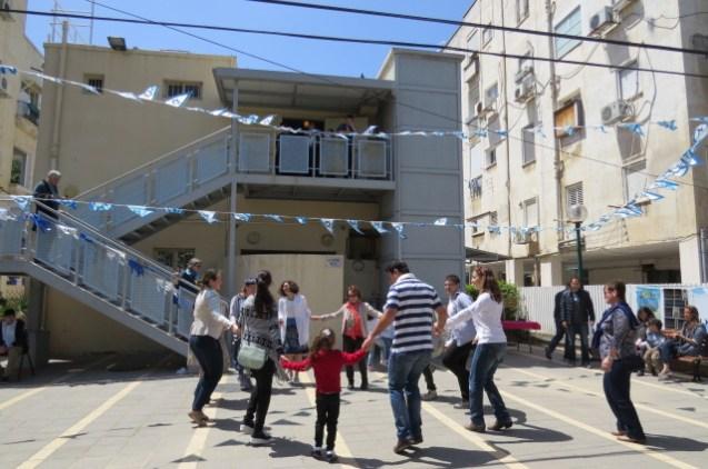 הרקדה בבית בן גוריון בתל אביב