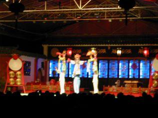 צ'אנגדו - מופע אקרובטיקה
