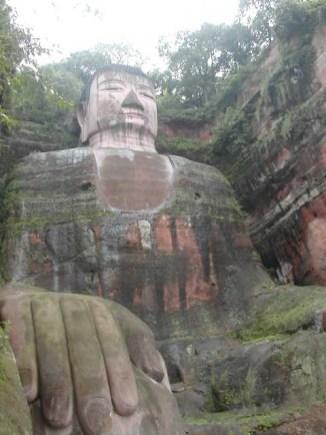 לשאן - פסל הבודהא הגדול