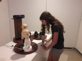 שיחה עם רובוטים במוזיאון הפיתוחים וההמצאות באודאיבה