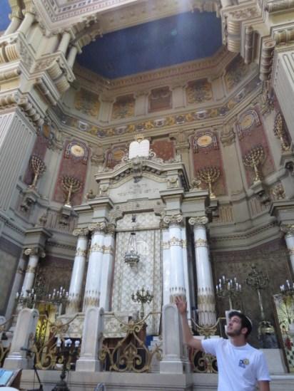 בית הכנסת הגדול והרובע היהודי ברומא