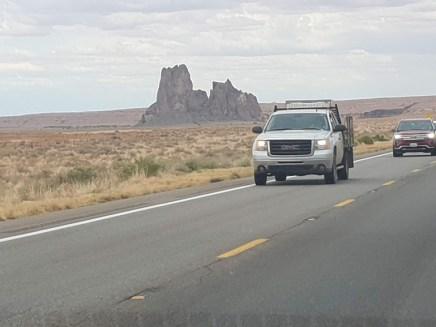 תצורות סלע במדבריות אריזונה ויוטה