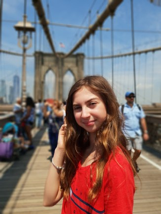 לאורך טיילת גשר ברוקלין