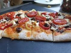 פיצה משובחח ביוון