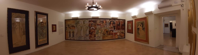 אלפונס מוכה, צייר ומעצב צ'כי במוזיאון מוכה