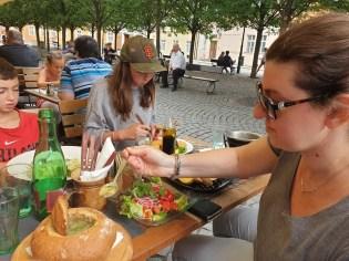 מסעדה צ'כית ברובע קמפה בפראג