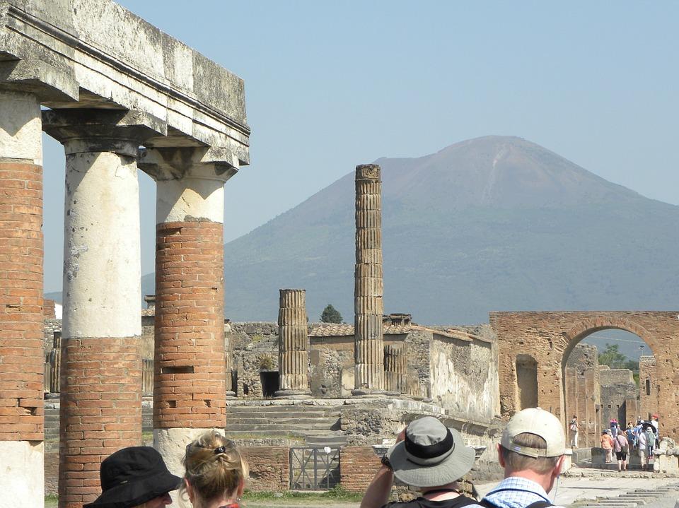 pompeii-2823908_960_720