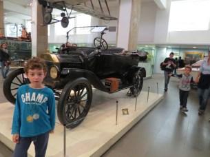 אחד מדגמי המכוניות הראשונות במוזיאן המדע בלונדון