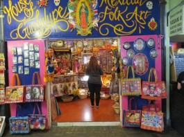 קניות בשוק קמדן