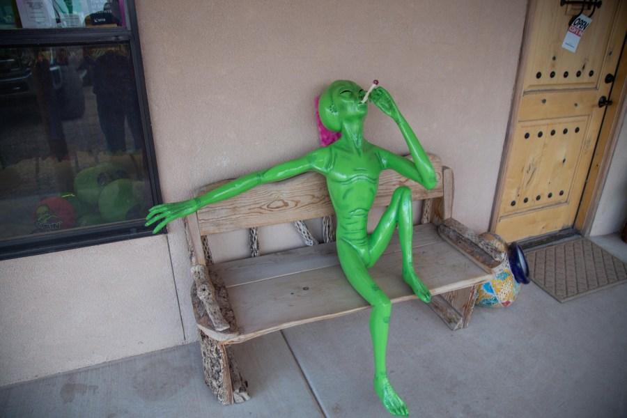 Alien-03.jpg