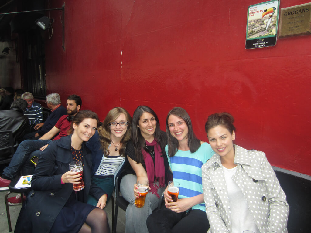 Dublin's Grogan's Pub, Toasties & Smiles and all!