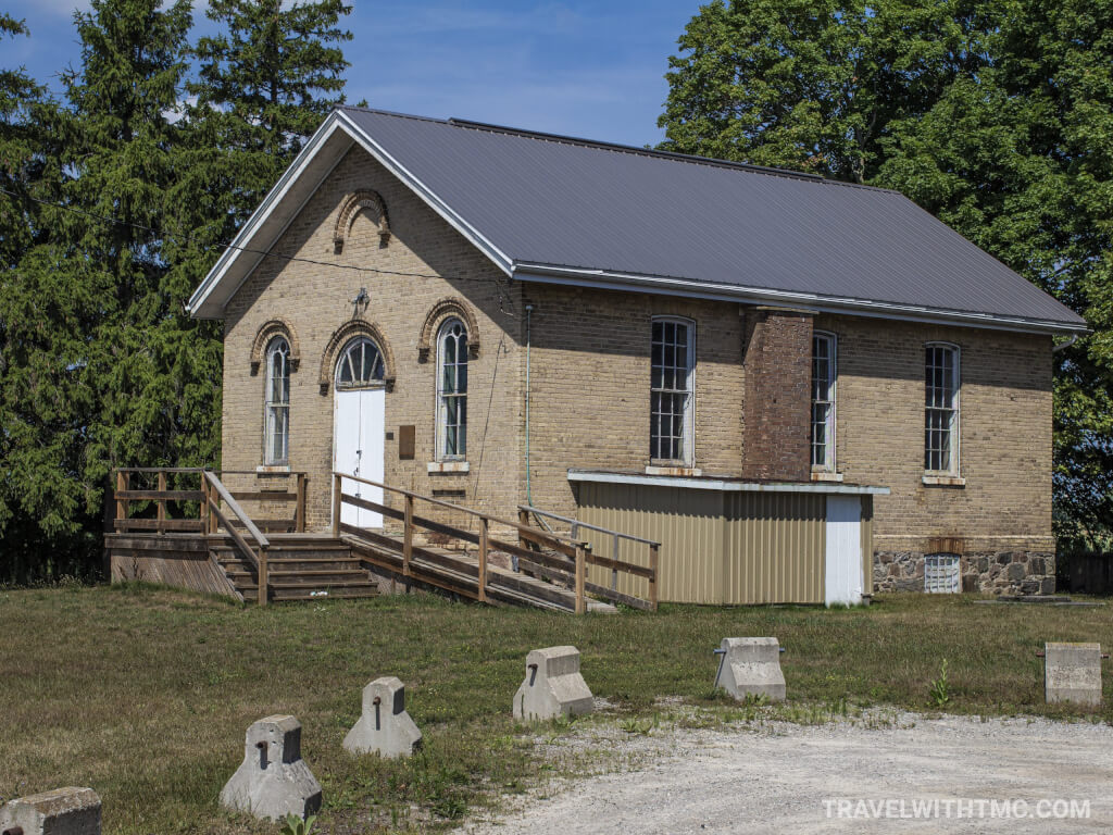 Maus School in Paris Plains Ontario