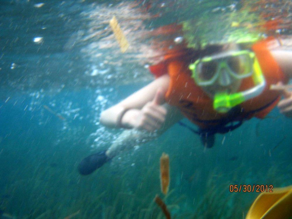 Isla Pandan Snorkeling (1/6)