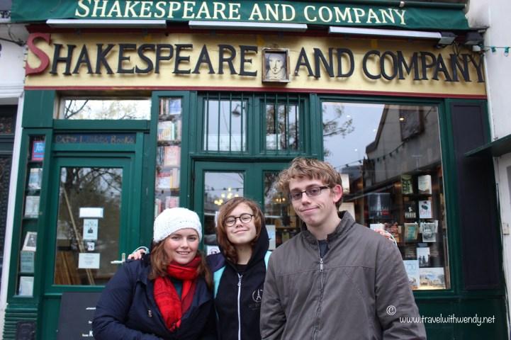 TWW - Shakespeare & Co