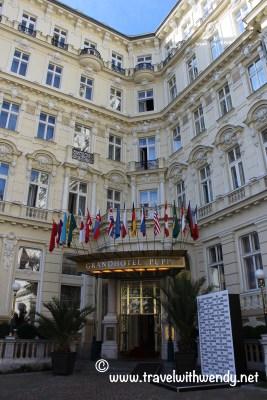 TWW - Grand Hotel Pupp - Entrance